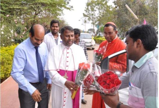 2014_cardinal_visit1